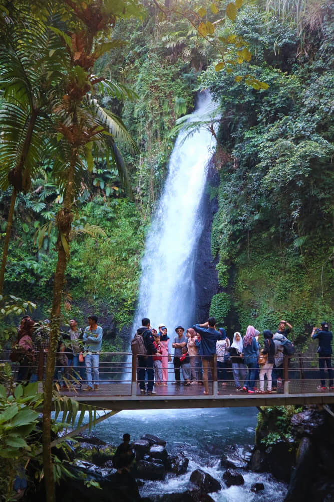 Air terjun curug sawer
